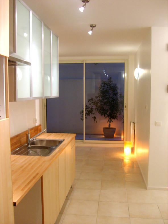studio a louer paris. Black Bedroom Furniture Sets. Home Design Ideas